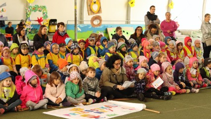 Obrazek galerii Korowód przedszkolaków